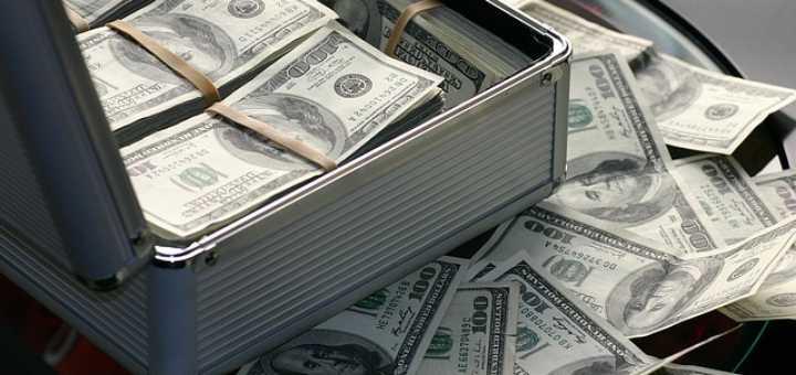 Jak získat peníze přímo na účet? Využijte online půjčku